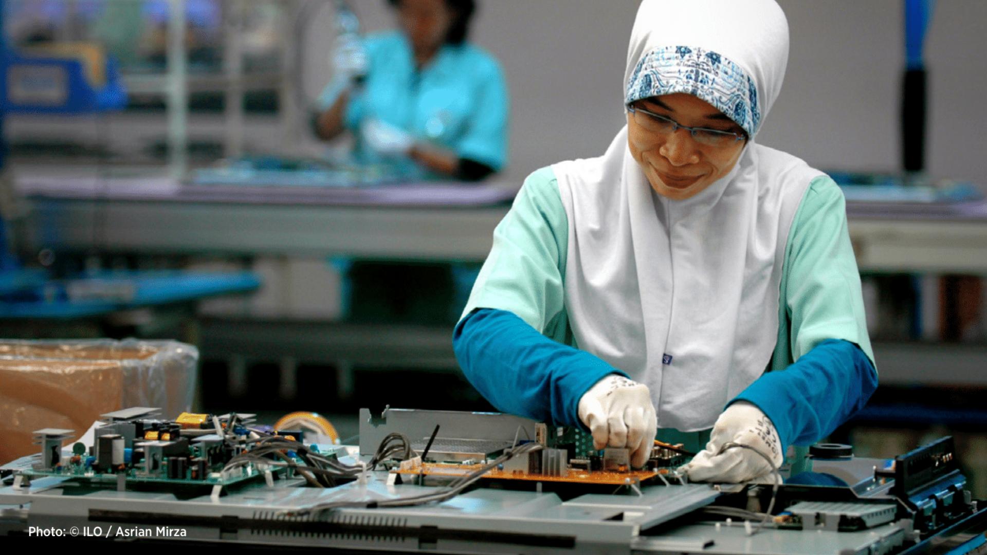 Filipino women in the electronics industry